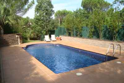 Wonderful house with swimming pool in Costa Brava for a special price